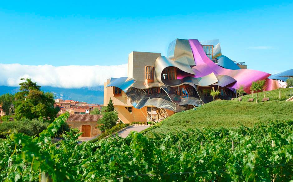 Marques+de+Riscal+-+Exterior+with+vineyard