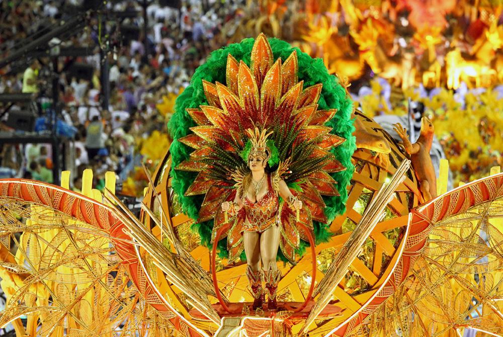 Kelionė į Braziliją (egzotinės kelionės) Images from Rio De Janeiro's crazy Carnival