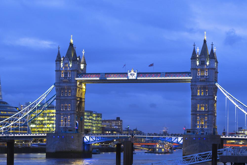 London (33)
